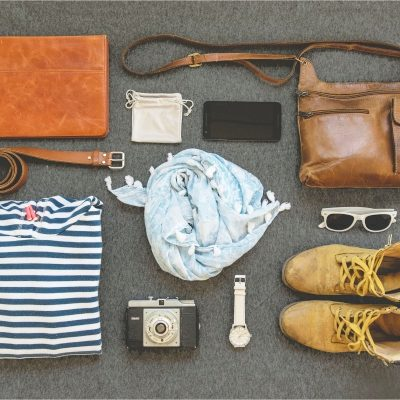 minimalist, minimalist packing, packing for the UK, minimal packing list, minimal packing tips